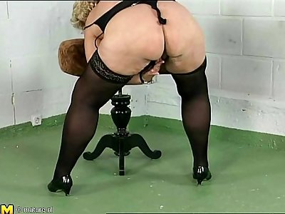 Chubby mature playing with herself
