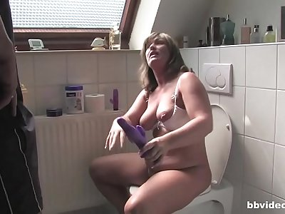 Chubby German mature gets husband to fuck her from behind