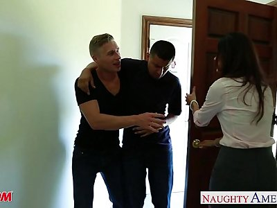 Nasty mom India Summer gets trimmed pussy jizzed